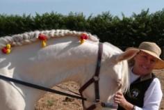 Ruth e a égua Charmosa, na ExpoPampa, em SP
