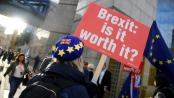 """O Brexit vai suprimir a livre circulação dos cidadãos europeus, Londres quer """"reduzir a imigração de pessoas pouco qualificadas"""". REUTERS/Toby Melville"""