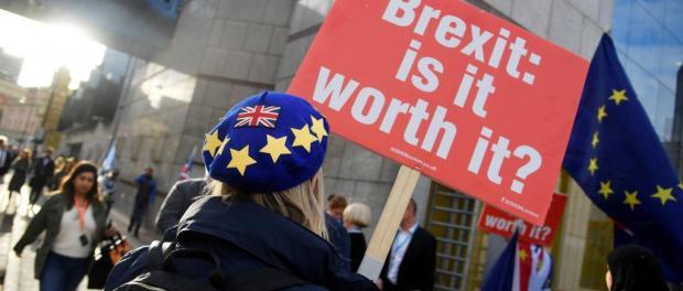 O Brexit vai suprimir a livre circulação dos cidadãos europeus, Londres quer