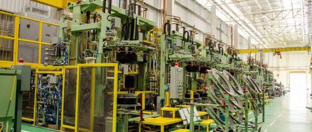 Interior da fábrica da Sumitomo Rubber do Brasil/Dunlop